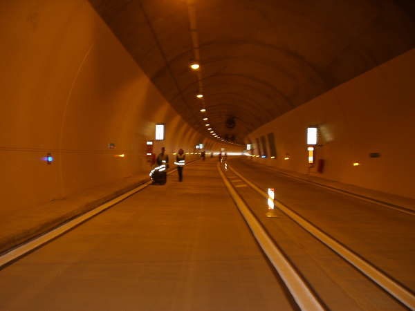fichier 20070318_1251_a51_route_tunnel-0.jpg