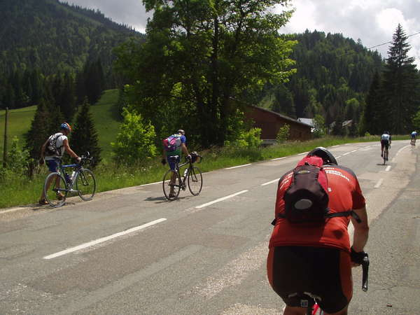 fichier 20070609_1407_001d512_route_cyclos_a_pieds-0.jpg