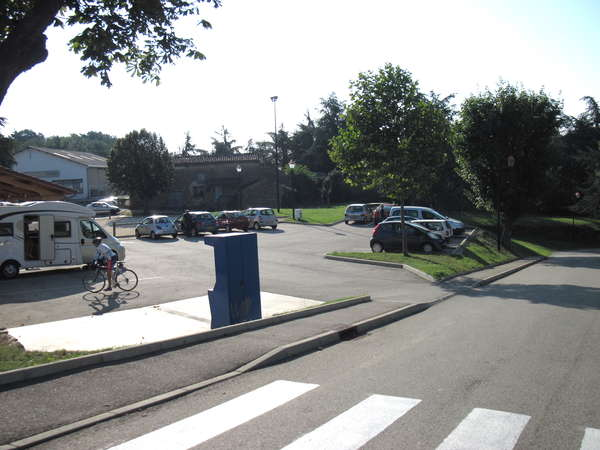 fichier 20120908_1033_002d6_route_saint_romain_day_parking-0.jpg