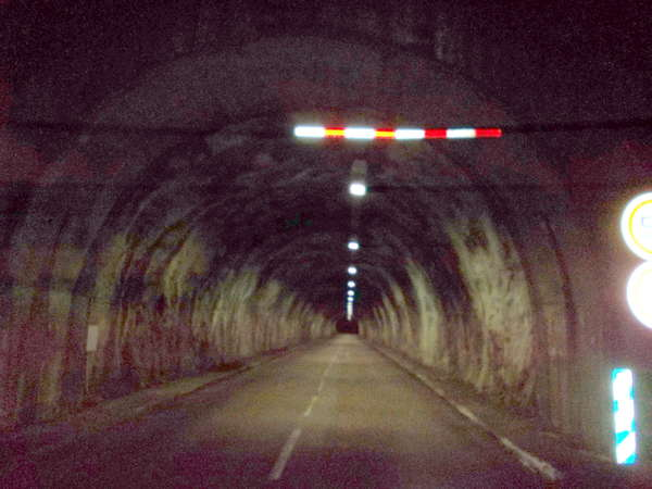 fichier 20120815_0053_001d991_route_tunnel-0.jpg