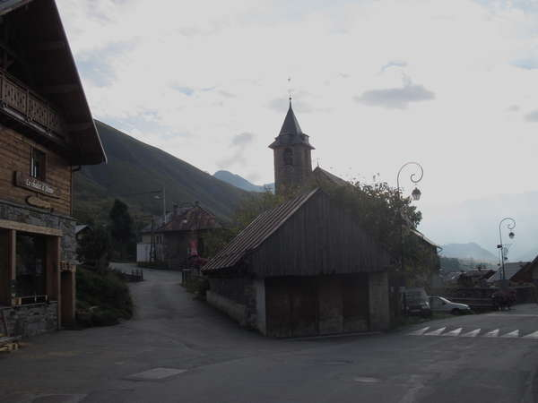 fichier 20141004_0924_001d926_route_saint_sorlin_arves_eglise-0.jpg