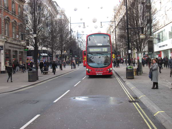 fichier 20150116_1400_002brm_200k_willy_warmer_londres_oxford_street-0.jpg