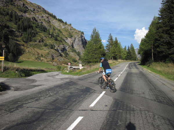 fichier 20150926_1746_d902_route_carrefour_vers_col_madeleine_cyclo-0.jpg