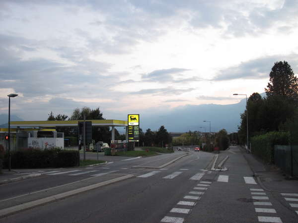 fichier 20150927_1929_002d1090_route_station_agip-0.jpg