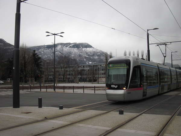 fichier 20140928_1940_pc_route_tramway_grenoble-0.jpg
