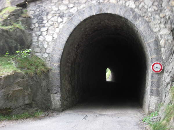 fichier 20150912_1401_d227_route_tunnel-0.jpg
