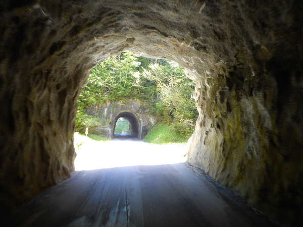 fichier 20170517_1248_002d539_route_tunnel-0.jpg