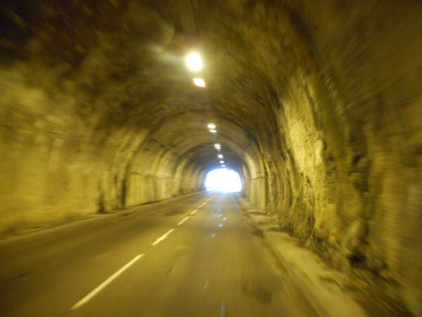 fichier 20180418_1224_001d991_route_tunnel_apres_chezery_forens-0.jpg